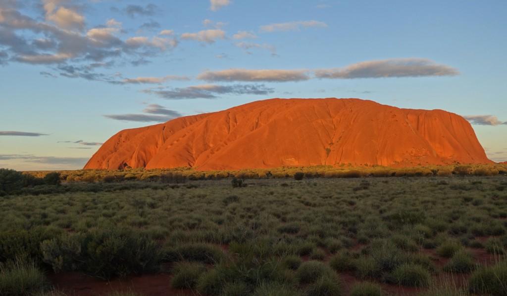 Uluru (Ayers Rock) au coucher du soleil